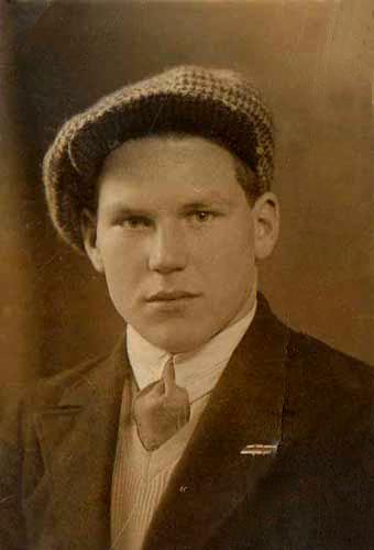 Фишер Артур — студент нашего техникума. 6 января 1931 года.