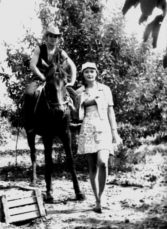 Девушка и ковбой