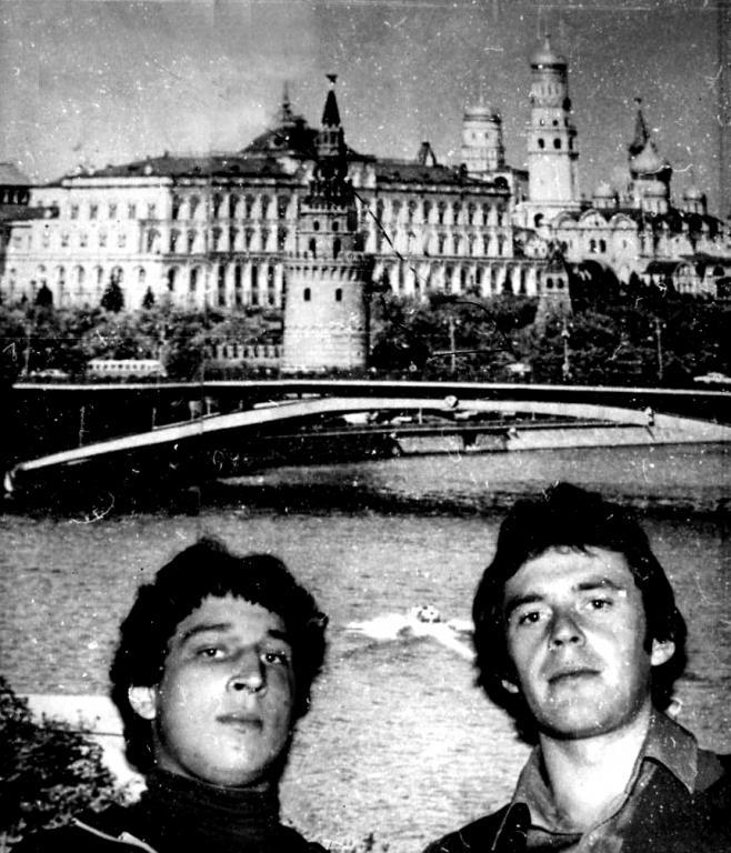 Не Москва ль за нами