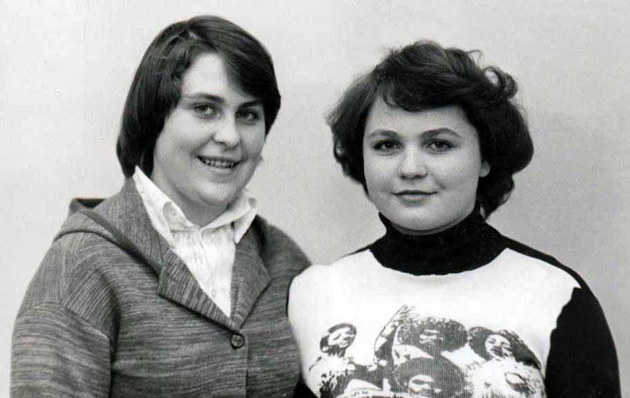 Писцова Валя и Драер Галя